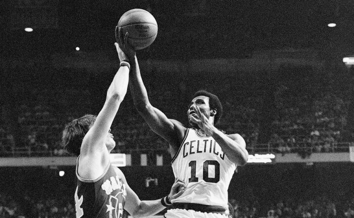 Jo Jo White, Deadeye Shooter for Boston Celtics, Dies at 71