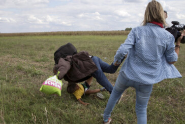 Court in Hungary Overturns Conviction of Camerawoman Seen Kicking Migrants