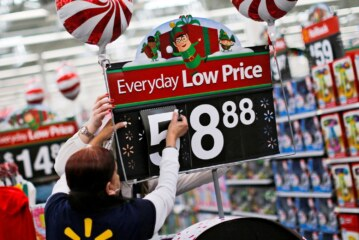 Walmart expects best holiday season ever with new tech in stores