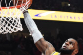 Lakers Lose to Trail Blazers in LeBron James's Debut