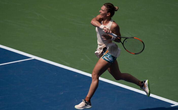 Simona Halep Tries to Heal Before the WTA Final