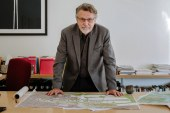 Urban Planning Guru Says Driverless Cars Won't Fix Congestion