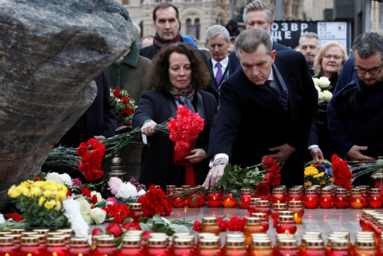 In Moscow, an Emotional Assembly to Remember the Victims of Stalin's Terror