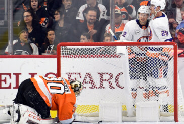 Islanders Roll to Win, Putting More Heat on Flyers Coach