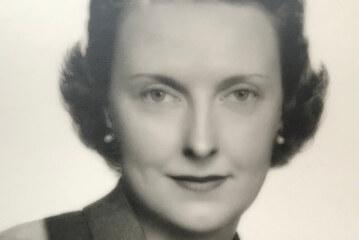 Carlene Roberts Lawrence, Air Industry Pioneer, Dies at 105