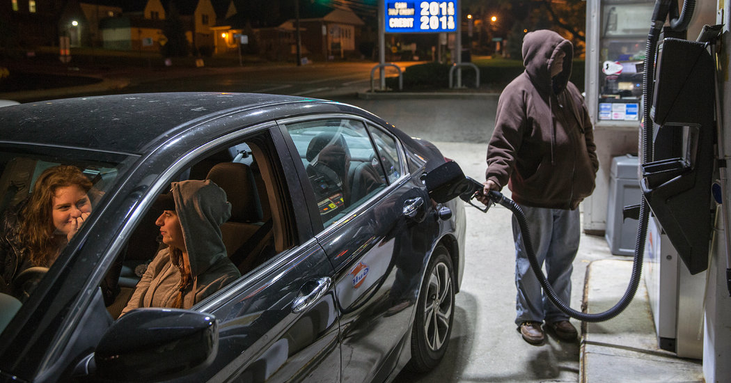 New Jersey Is Last State to Insist at Gas Stations: Don't Touch That Pump