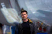 Tesla Chief Elon Musk Is Sued by S.E.C. in Move That Could Oust Him