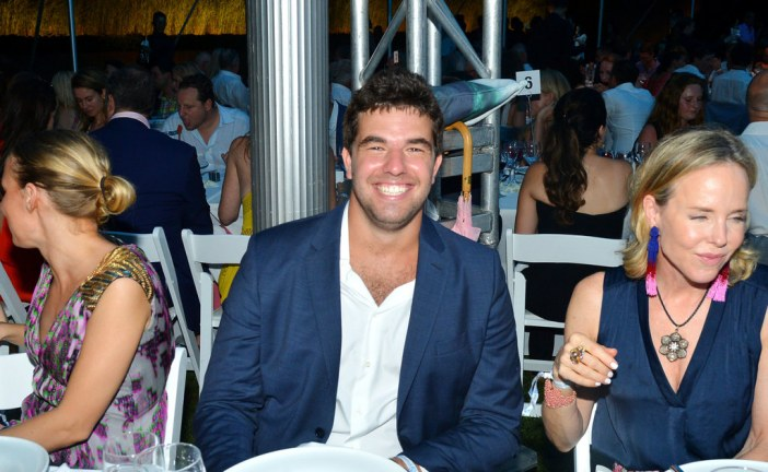Fyre Festival Co-Founder Has History Of Failing His Customers