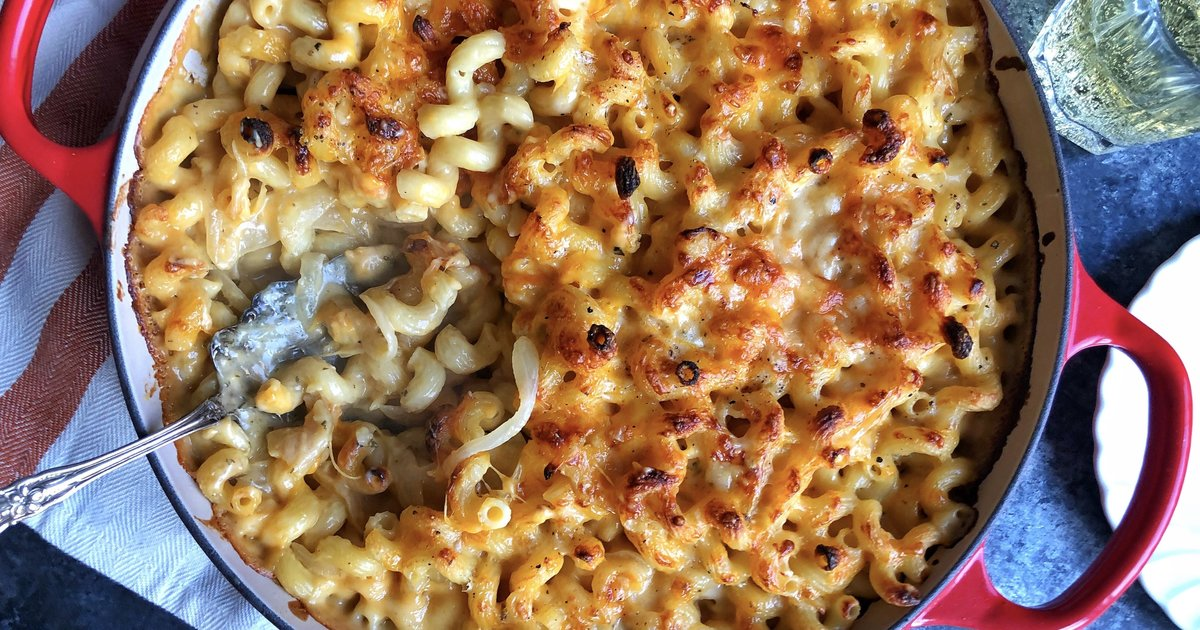 Caramelized Apple Mac And Cheese Will Make You Fall So Hard