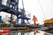 Government urged to ditch 'bonkers' fracking plan