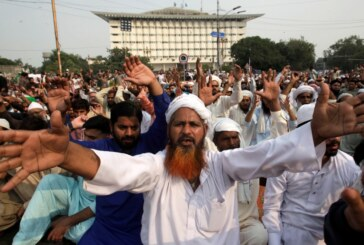 Pakistan: Blasphemy protests called off after government deal | News
