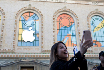 Apple Will Stop Revealing How Many iPhones It Sells. That's a Bad Sign.