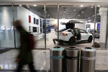 Elon Musk Will Have to Contend With Tesla Short Sellers Again