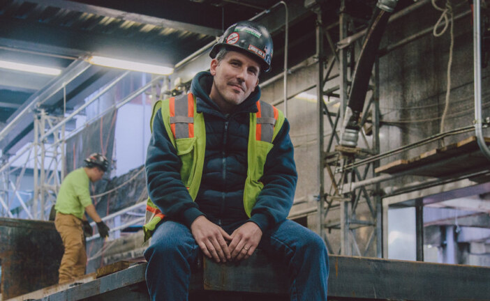 What 8 Workers Wore to Their Wall Street Construction Site