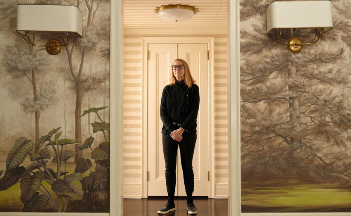 Unconstrained by Frames, an Artist Finds New Spaces