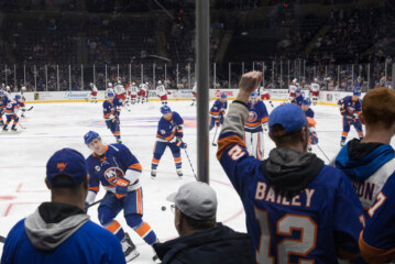 For Islanders and Fans, There's No Place Like Home, or Home
