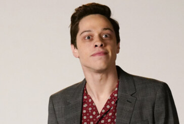Pete Davidson Returns To Stage After Troubling Instagram Post, Joking About Ariana Grande