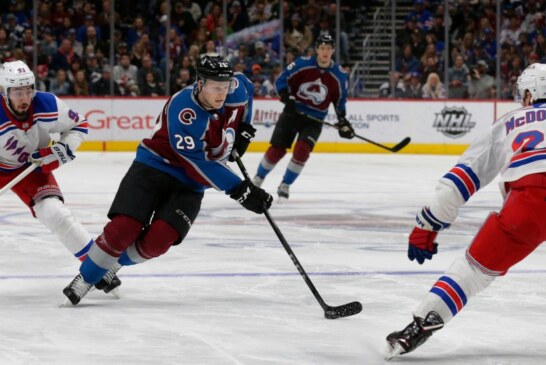 Avalanche Beat Rangers for Ninth Straight Win