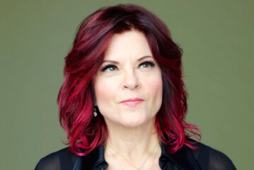 Rosanne Cash Takes the Long View on 'She Remembers Everything'