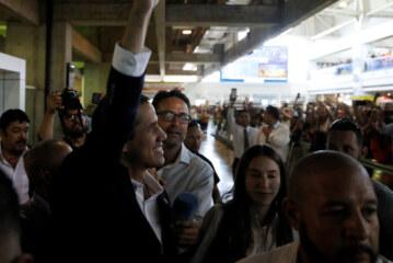Facing Arrest Threat, Juan Guaidó, Returns to Venezuela