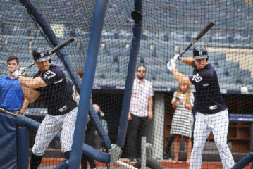 The Yankees' Lineup Has Plenty of the Right Stuff. Would Another Lefty Help?