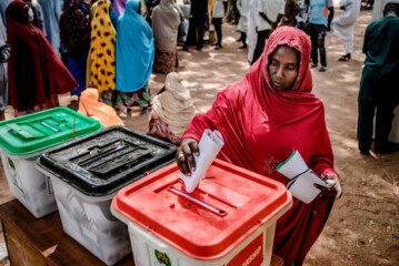 Nigerians Finally Get to Vote, but Hit a Few More Snags