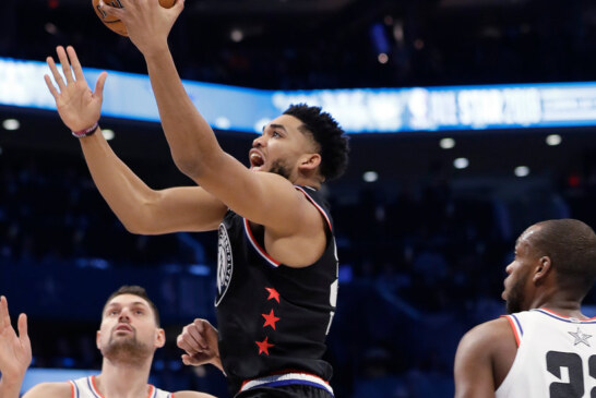 Karl-Anthony Towns Says He Had '5 Percent Chance' of Surviving Car Accident