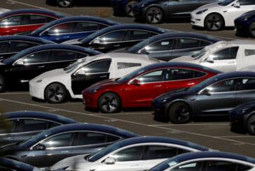Tesla Offers a $35,000 Model 3, as Elon Musk Long Promised