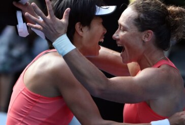 Two Women Who Stuck With It Win Aussie Doubles Crown